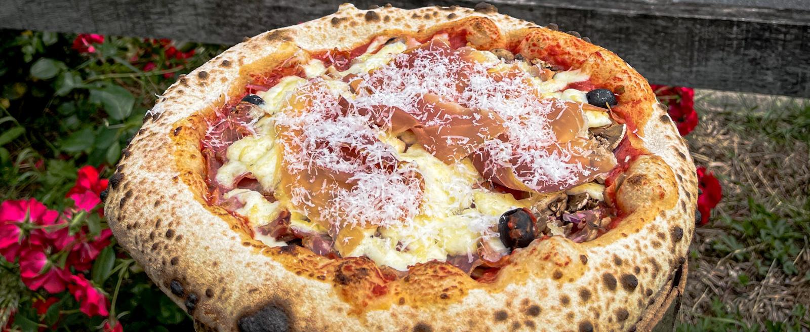 Dégustez cette pizza savoureuse