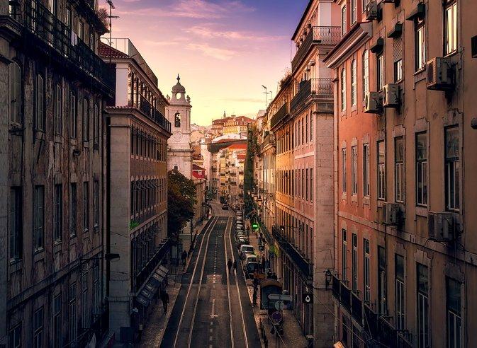 Jeu des soldes : Gagnez un week-end à Lisbonne - L'Usine Mode & Maison