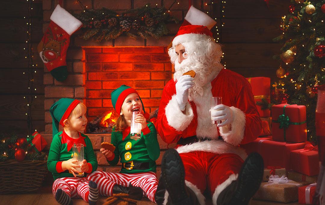 Pêre Noël et Enfants Lutins
