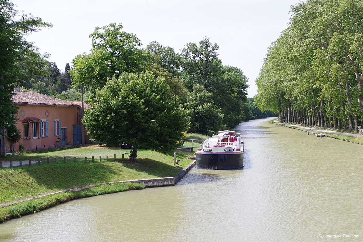 Canal Renneville