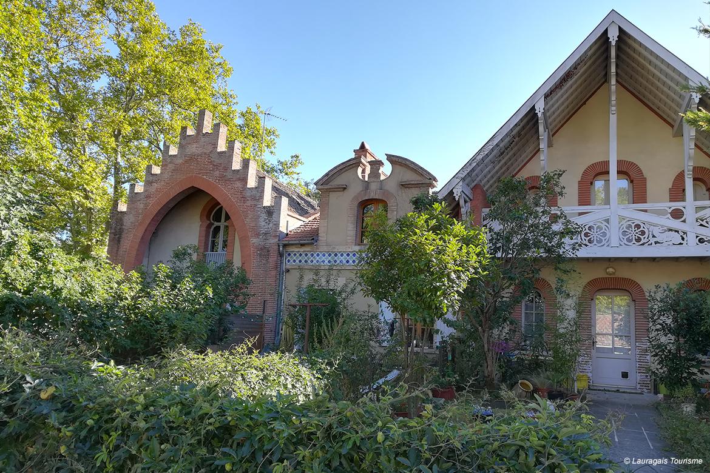 http://www.lauragais-tourisme.fr/preparez-votre-sejour/voir-faire/824008-domaine-de-saint-rome